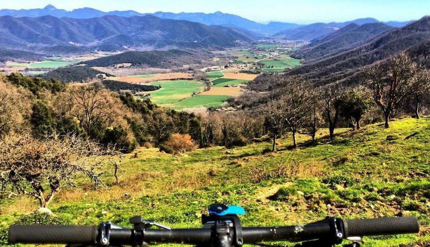 Via verda bicicleta olot les planes
